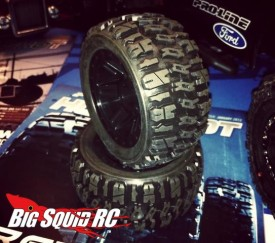 "Pro Line Trencher 2.2"" tires for 1:16 E-Revo"