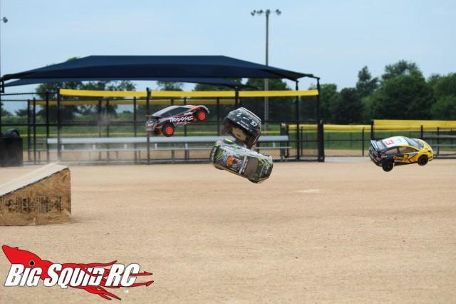 Rally Car Shootout Jumping_00006