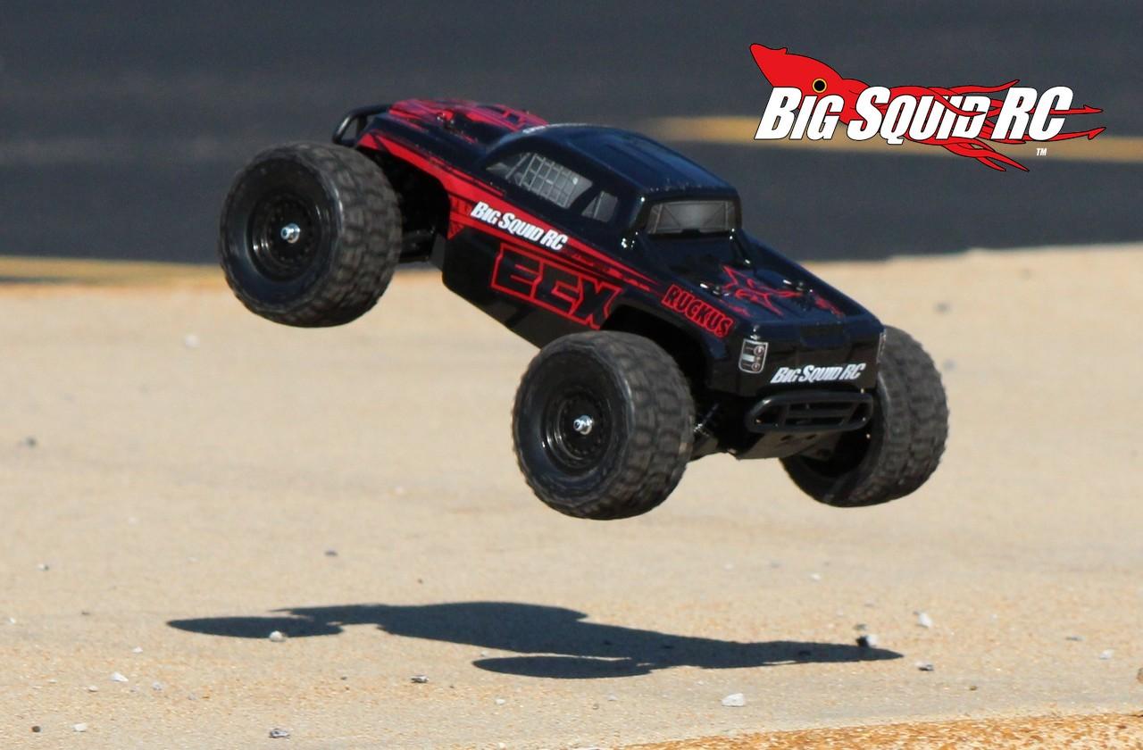 Review Ecx Ruckus 1 18 4wd Rtr Monster Truck 171 Big Squid