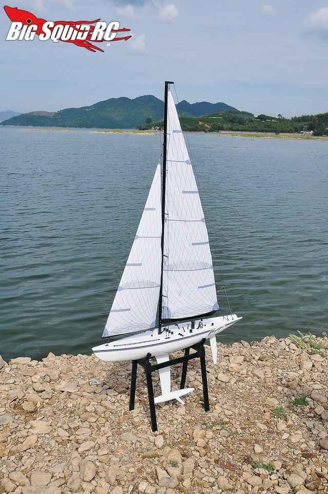 Thunder Tiger Voyager III Sailboat