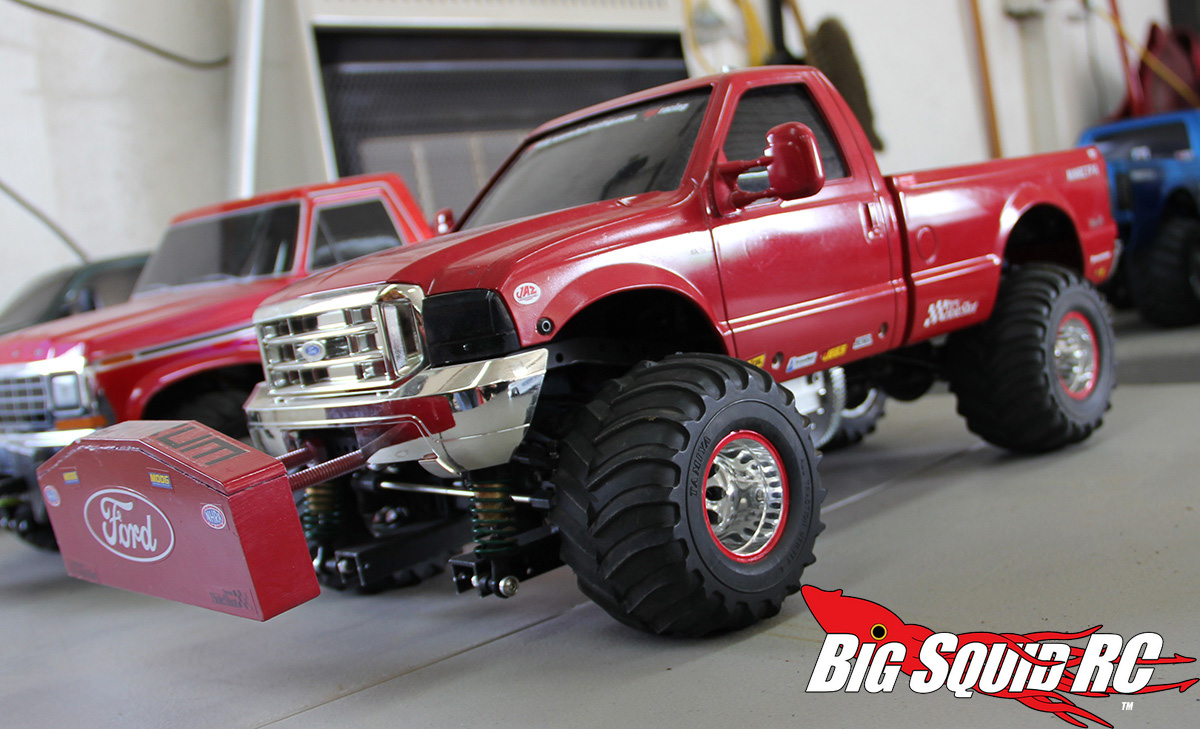 Rc 4 4 ford pulling truck