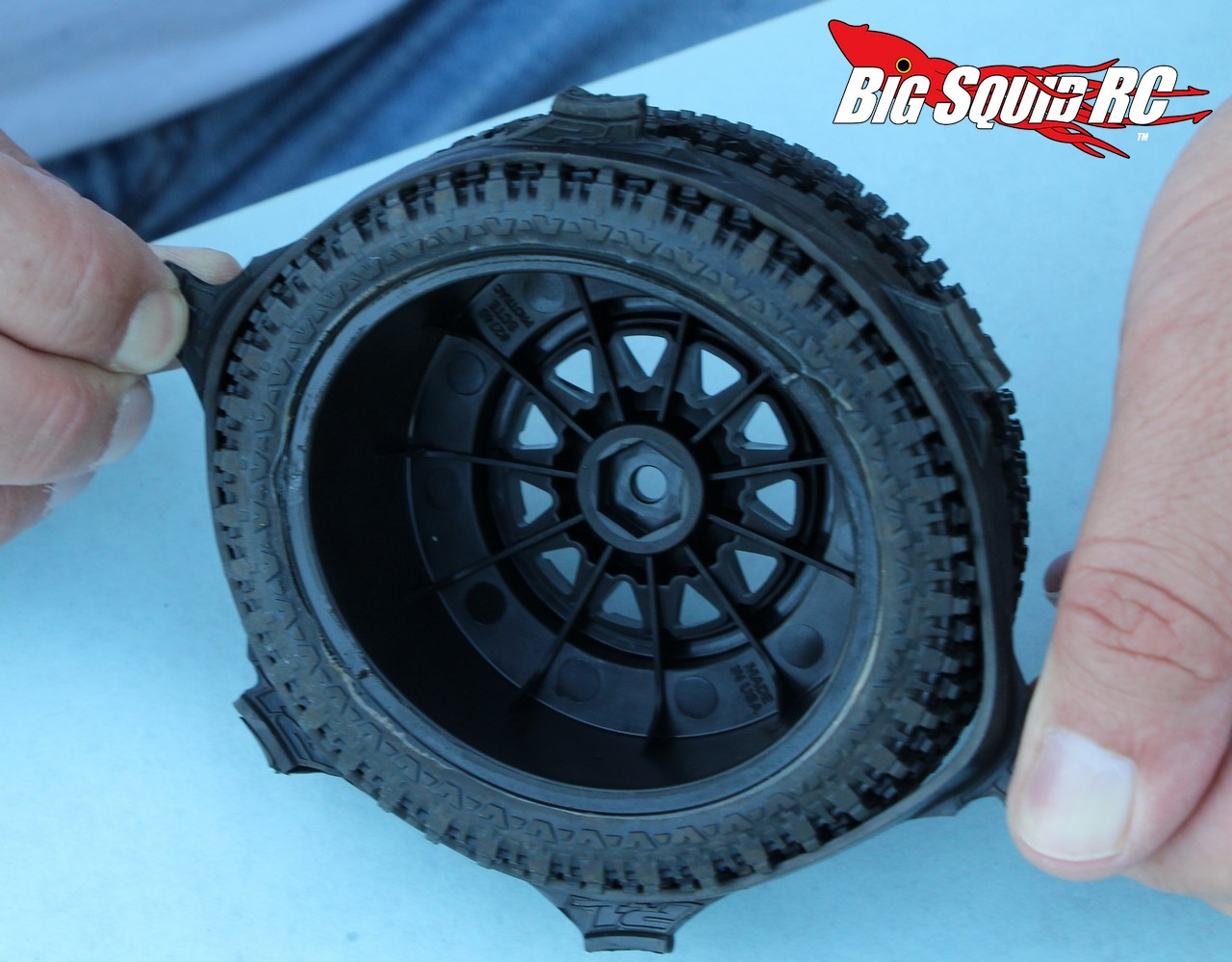 gluing tires  cubby big squid rc rc car  truck news reviews