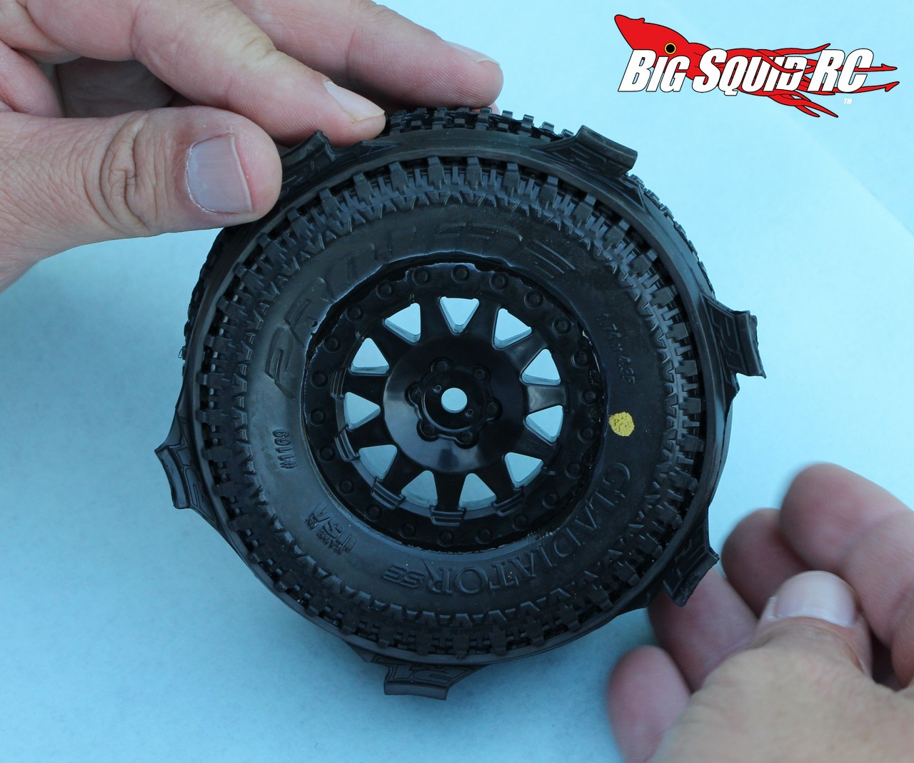 Gluing Tires With Cubby 171 Big Squid Rc Rc Car And Truck