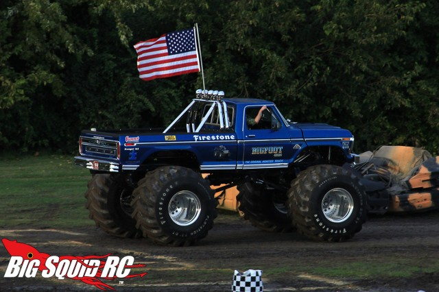 bigfoot-open-house-trigger-king-monster-truck-race00