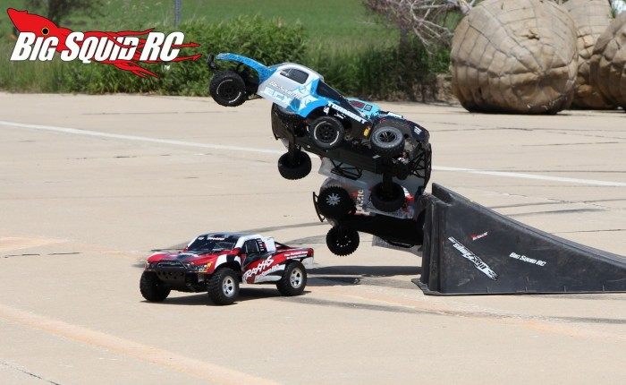Brushed 2wd Short Course Truck Shootout Jumping 1