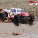 ECX AMP MT Monster Truck Review 10