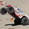 ECX AMP MT Monster Truck Review 4