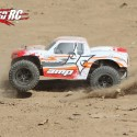 ECX AMP MT Monster Truck Review 9