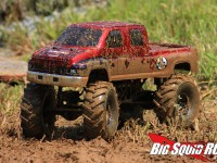 axial-scx10-mud-truck