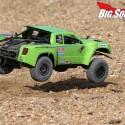 Axial Yeti SCORE Trophy Truck Review 10