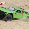 Axial Yeti SCORE Trophy Truck Review 12