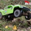Axial Yeti SCORE Trophy Truck Review 13
