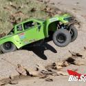 Axial Yeti SCORE Trophy Truck Review 15