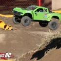 Axial Yeti SCORE Trophy Truck Review 2