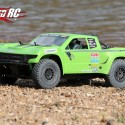 Axial Yeti SCORE Trophy Truck Review 7