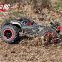 Team RedCat TR-MT8E Monster Truck Review 4
