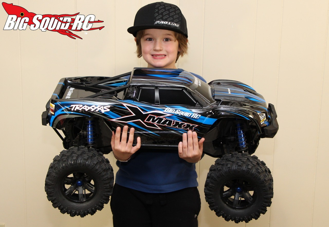 Unboxing The Traxxas X-Maxx Monster Truck « Big Squid RC ...