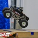 axial-solid-axle-monster-truck-2