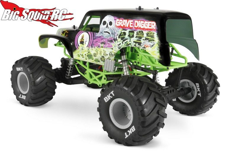 Axial SMT10 Grave Digger Monster Jam Truck 2