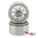 KMC 2.2 XD820 Grenade Aluminum Beadlock Wheels in silver.