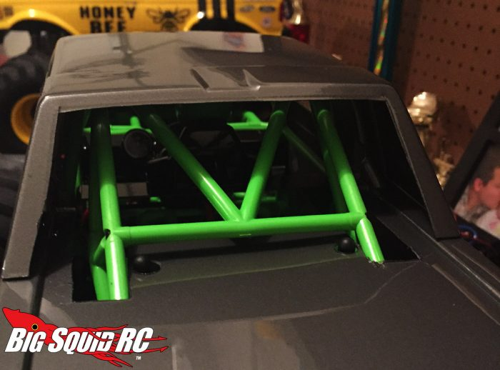 jconcepts-super-cab-smt10-mounted