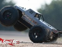 ARRMA Outcast 6S Monster Truck