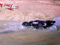 Big Splash Traxxas E-Revo Video