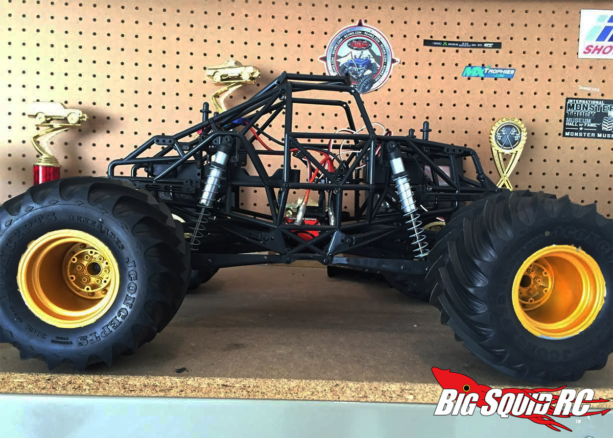 ecx rc car with Monster Truck Madness 6 Getting Started With An Axial Smt10 on Redcat Racing R age Mt in addition Drift Itch Scale Drift Tracks as well Tamiya Mercedes Benz Cc01 Unimog 425 Rtr additionally  also Monster Truck Madness 6 Getting Started With An Axial Smt10.