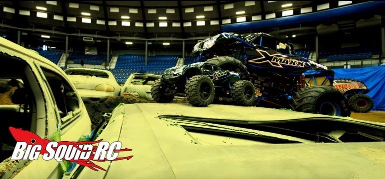 Worlds Biggest Traxxas X-Maxx Video