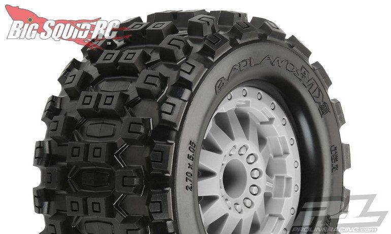 Pro-Line Badlands MX28 2.8 Stone Grey Wheels
