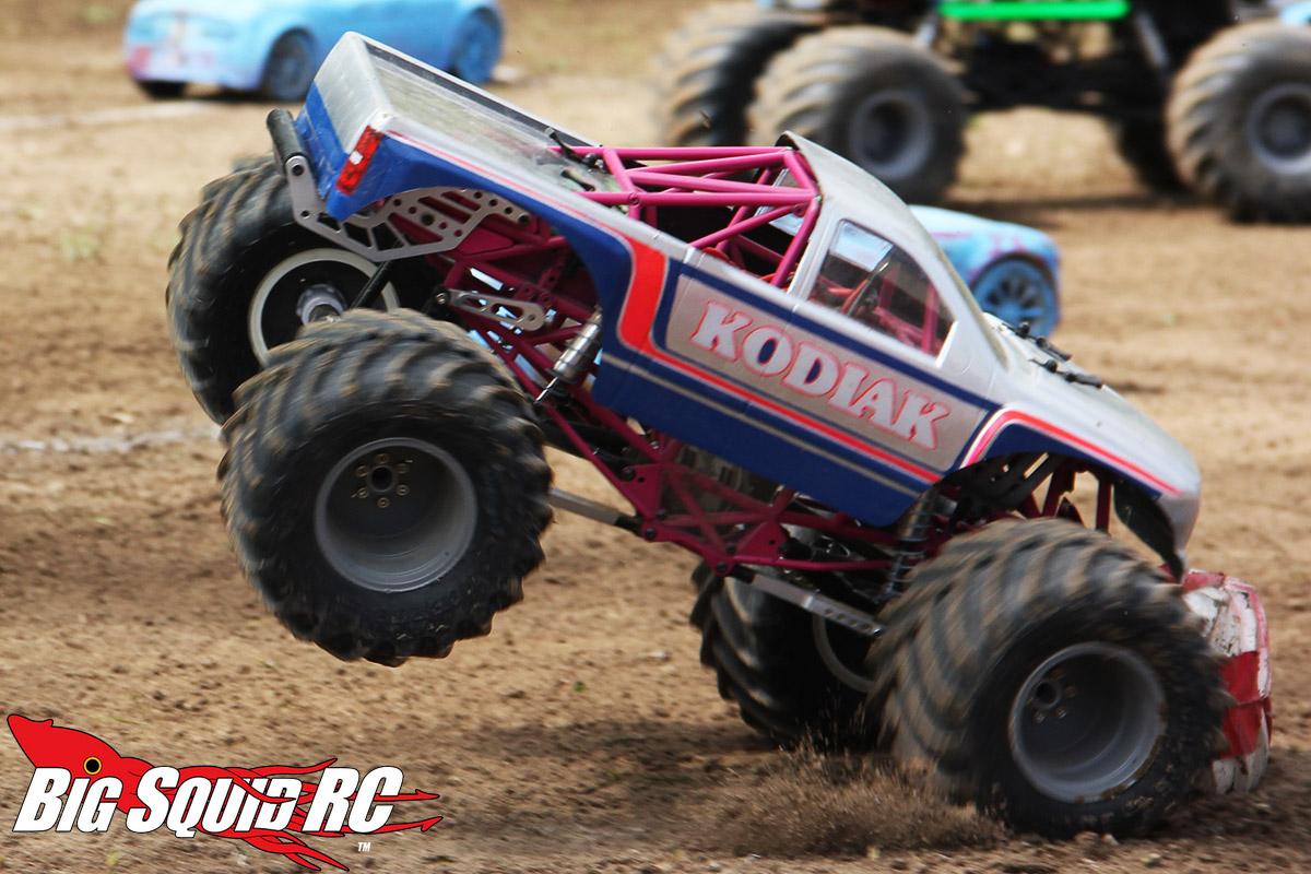 Monster Truck Madness – RH Designs Wheelie Bar for the SMT10