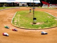 Traxxas Slash Dirt Oval Video