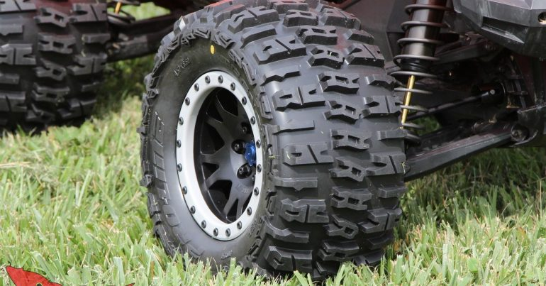 Pro-Line Trencher Pre-Mounts X-Maxx Review
