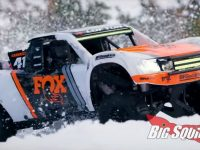 Traxxas UDR Unlimited Desert Racer Snow Freestyle Video