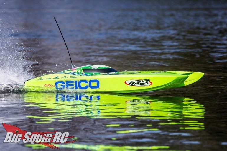 Pro Boat Miss GEICO Zelos 36 Twin Brushless Catamaran RTR