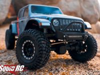 Pro-Line Jeep Gladiator Scale Crawling Video
