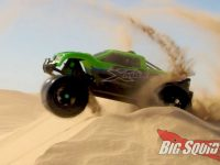 Traxxas X-Maxx Glamis Dune Paddle Tire Video
