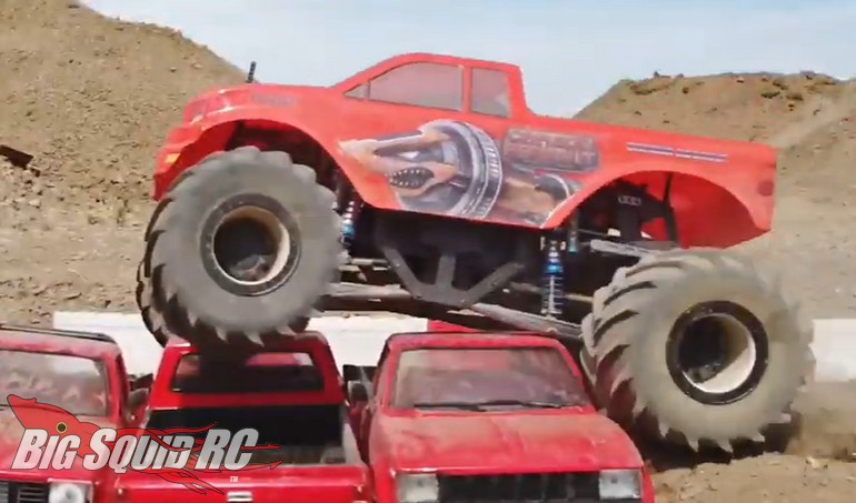 RC4WD Carbon Assault Manticore Monster Truck