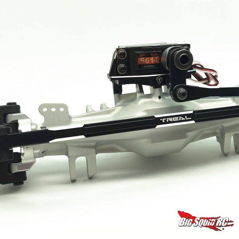 Treal Losi LMT Aluminum Steering Links - Black - Installed