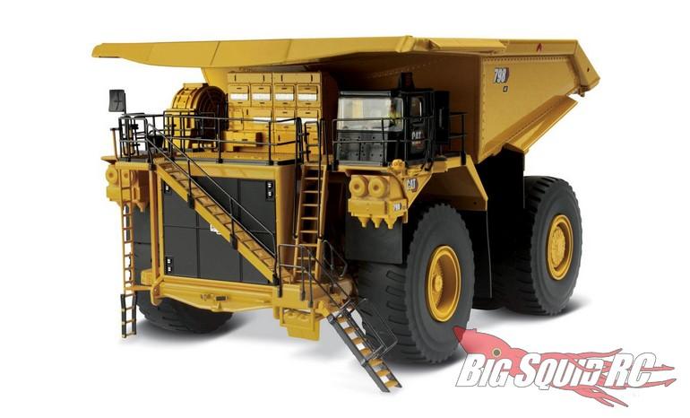 Diecast Masters 1/50 Cat 798 AC Mining Truck RC Remote Control