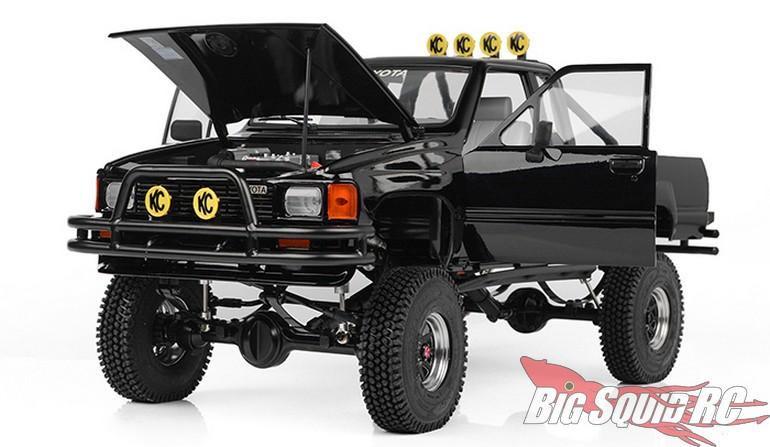 RC4WD Trail Finder 2 LWB RTR 1987 Toyota XtraCab Hard Body